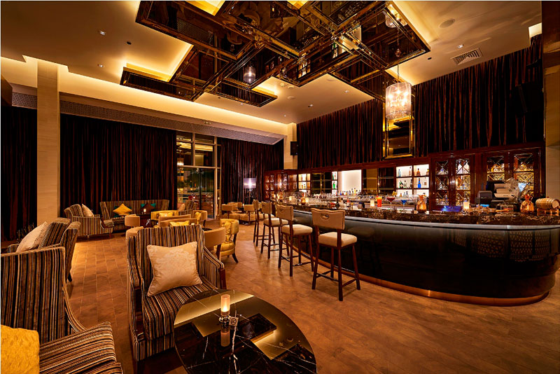 Ladies Night, D70 Bar, Millennium Airport Hotel Dubai